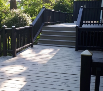 Jenn-Eribiceau-Solid-Deck-stain-Completed-1