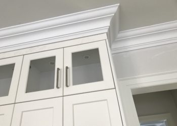 Painting the Crown Molding: A Small but Significant Decision for Toronto Home