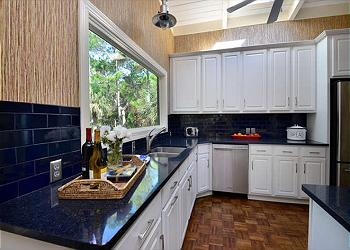 Kitchen Tile Backsplash Painting Tips