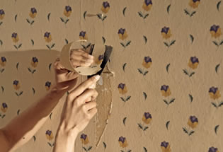 The Complete Guide: Easy and Efficient Tips to Remove Wallpaper